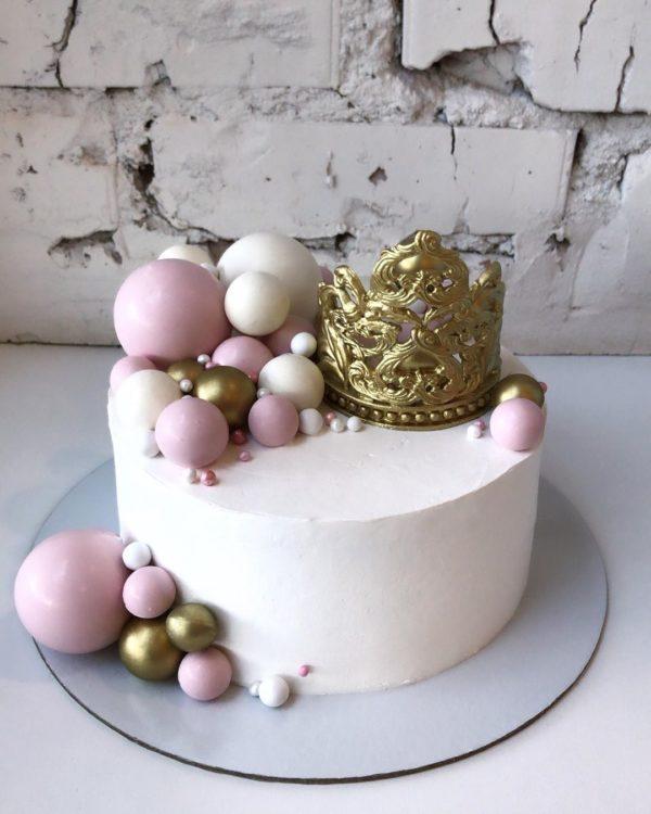 Торт «Клубника-базилик»